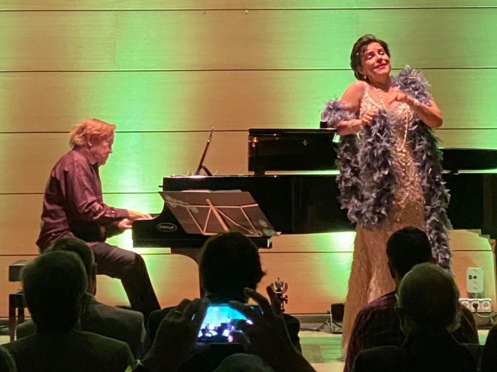 La mezzosoprano Nancy Fabiola Herrera inauguró el festival 'Tocando el Cielo'.