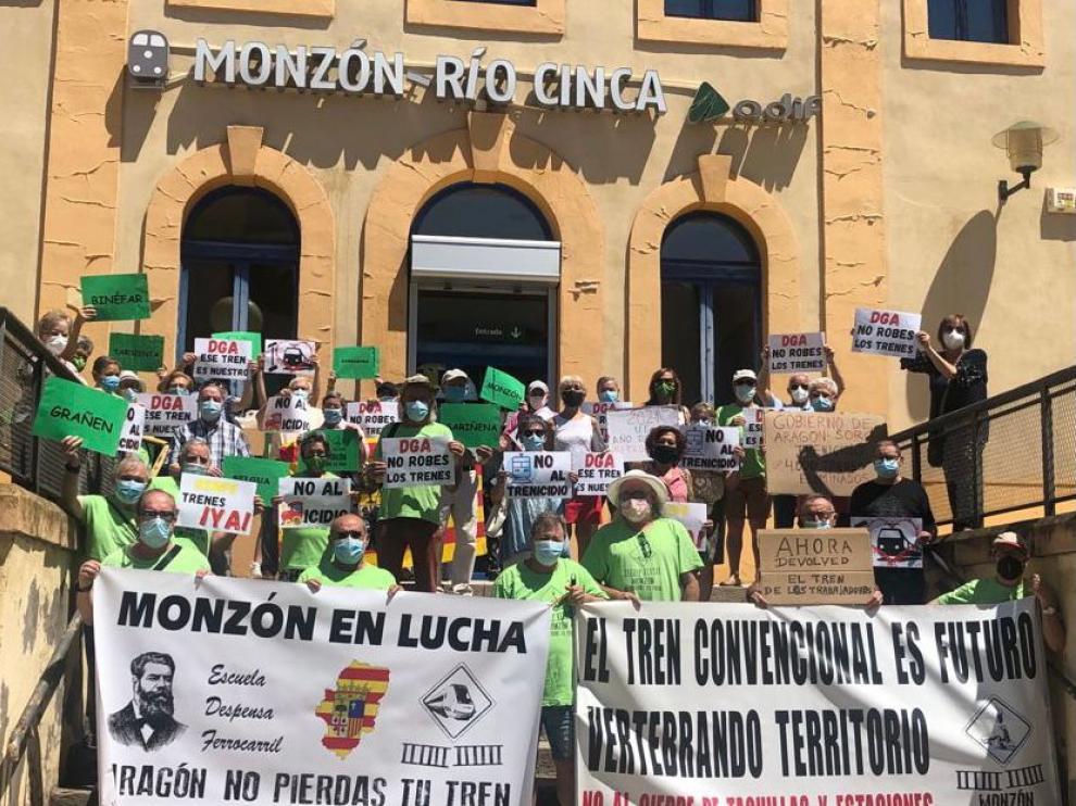 56ª concentración de la plataforma Monzón No Pierdas Tu Tren.