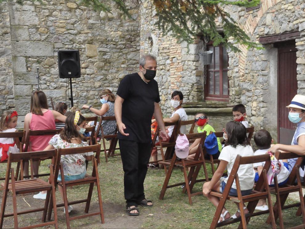 Narradores de cuentos para todo tipo de público en Jaca.
