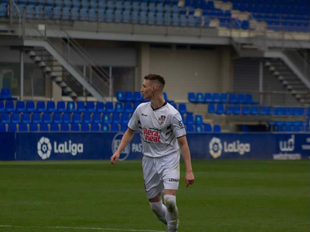 'Franki' Carbonell deja el Binéfar y se convierte en nuevo jugador del Barbastro.