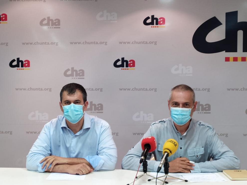 Joaquín Palacín y José Ramón Ceresuela en la rueda de prensa de ayer.