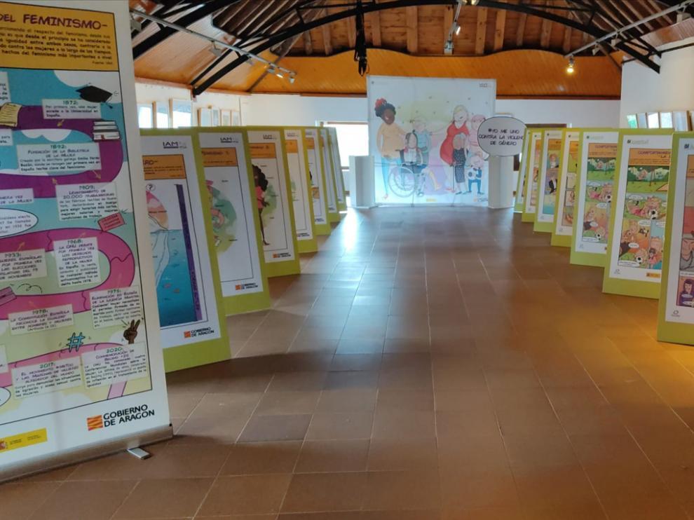 Exposición 'Viñetas por la igualdad y contra la violencia de género', en el museo de Hecho