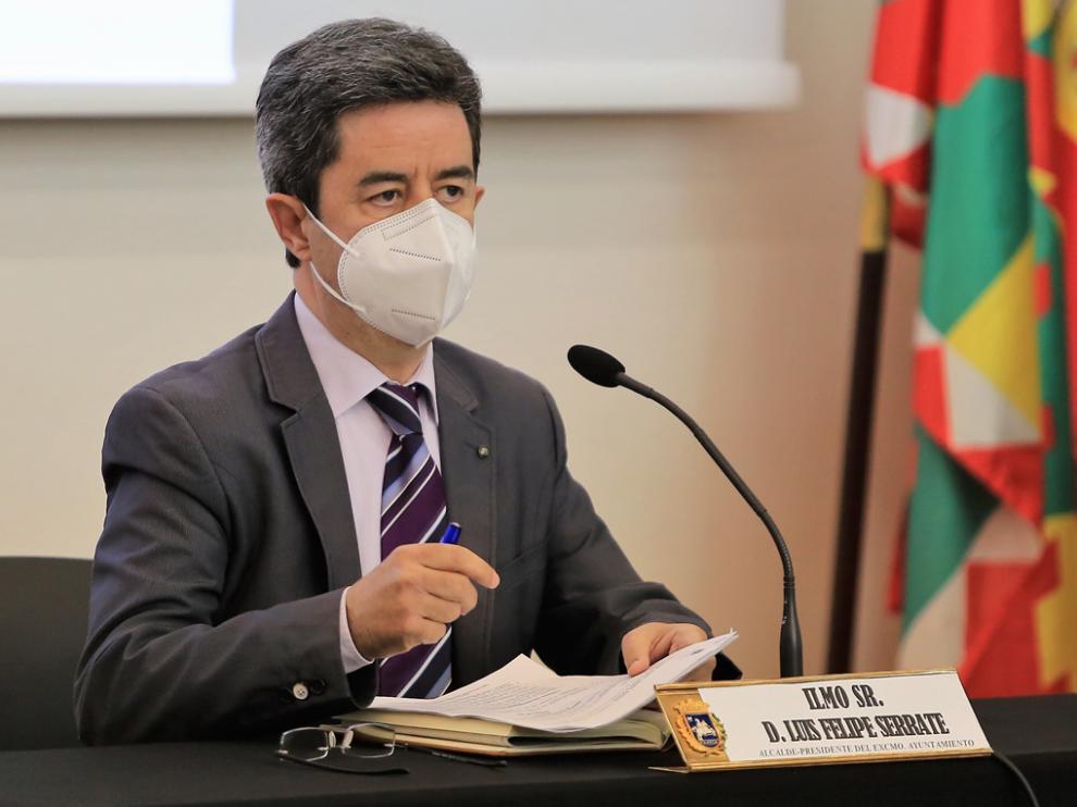 Luis Felipe, alcalde de la ciudad, durante uno de los plenos municipales