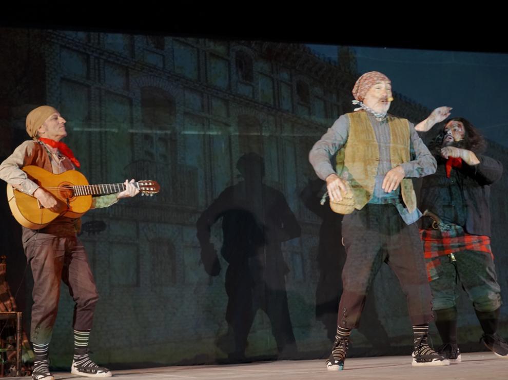 El Teatro de Robres actuó en el Parque de San Blas