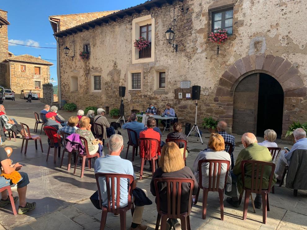 Conferencia en Bonansa sobre Joaquín Marín a cargo del doctor en Historia Alberto Sabio.