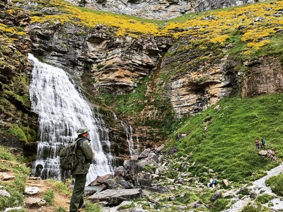 Un agente de Protección de la Naturaleza, en el Parque Nacional de Ordesa y Monte PerdidoUn agente de Protección de la Naturaleza, en el Parque Nacional de Ordesa y Monte Perdido.