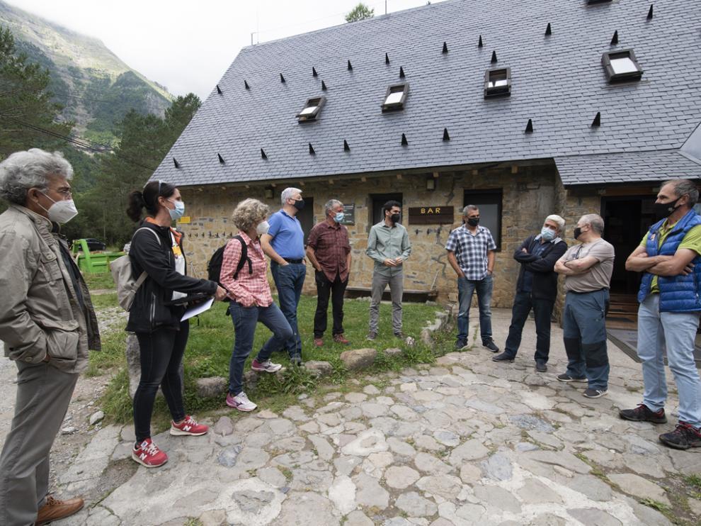 Visita inaugural de las obras al refugio de Pineta