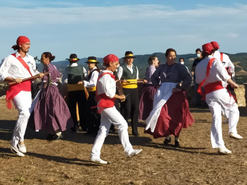 Actuación de los Salvatges de Benabarre, durante la jornada del sábado.