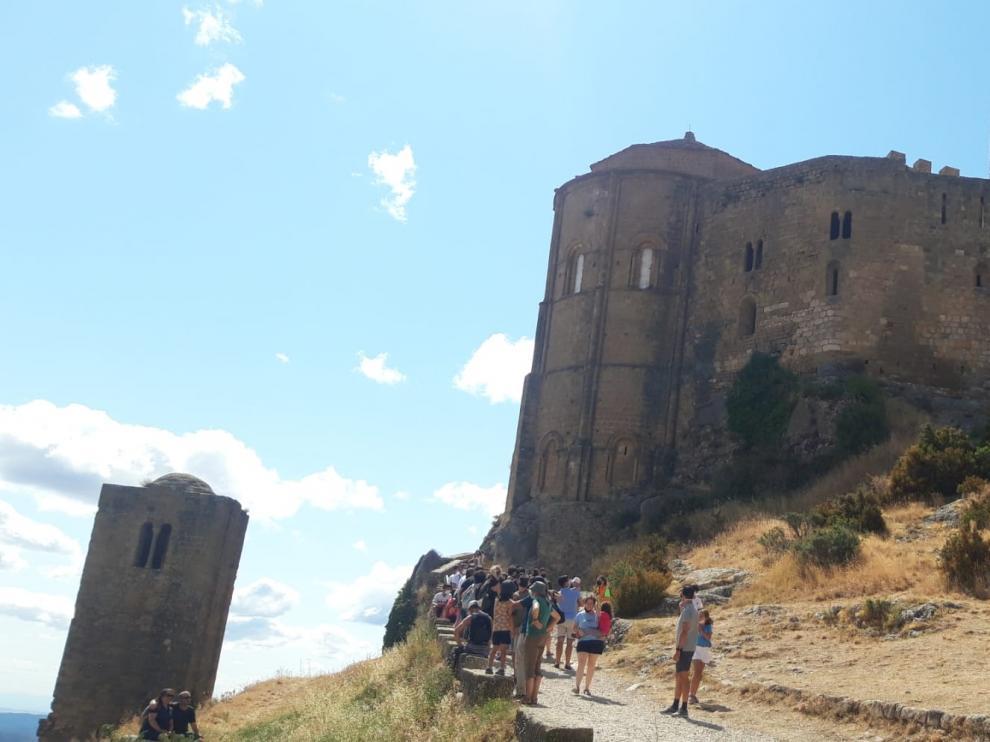 Visitantes al Castillo de Loarre, el fin de semana pasado.