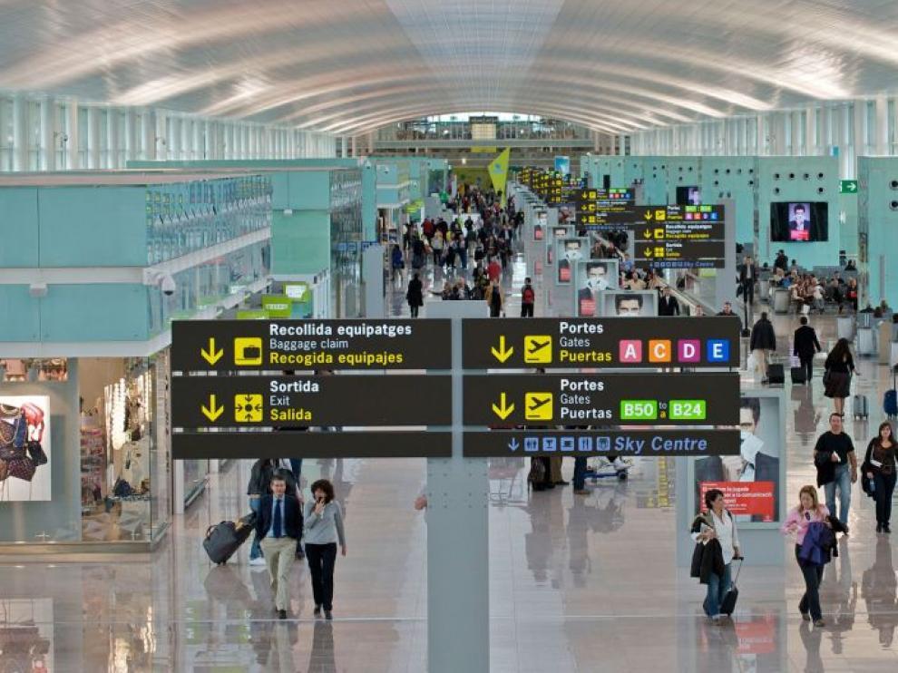 Interior de la Terminal 1 del Aeropuerto El Prat de Barcelona
