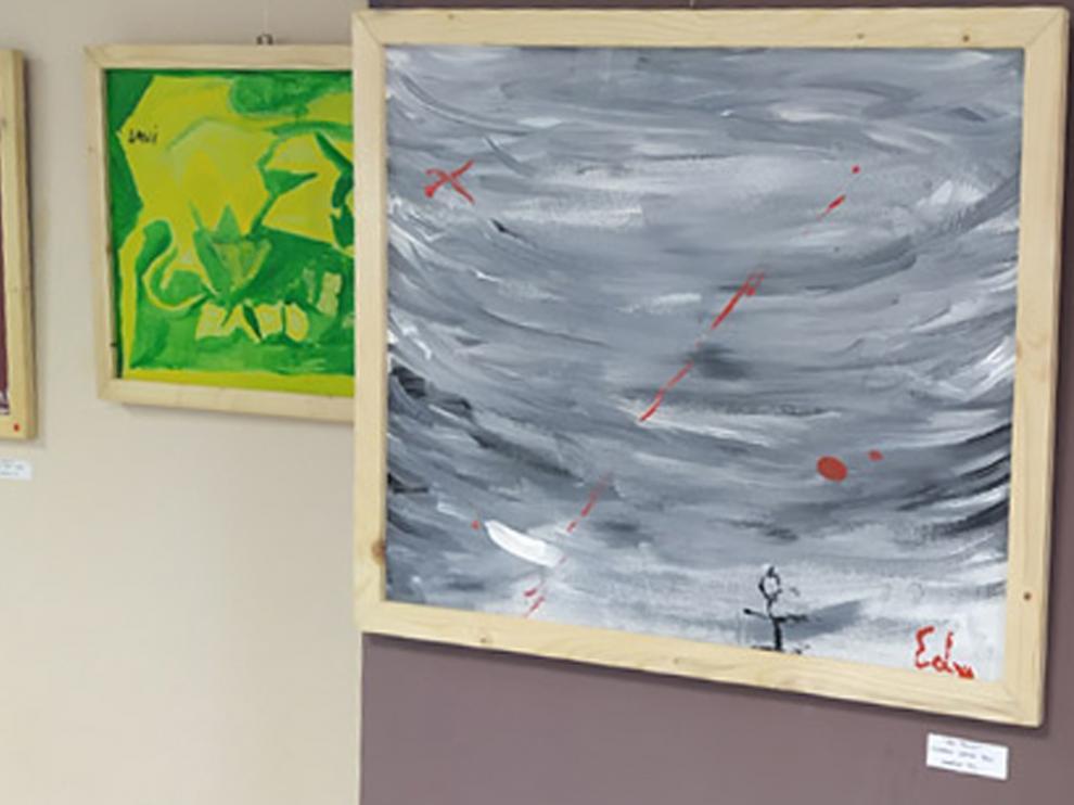 Dos cuadros expuestos en Loarre