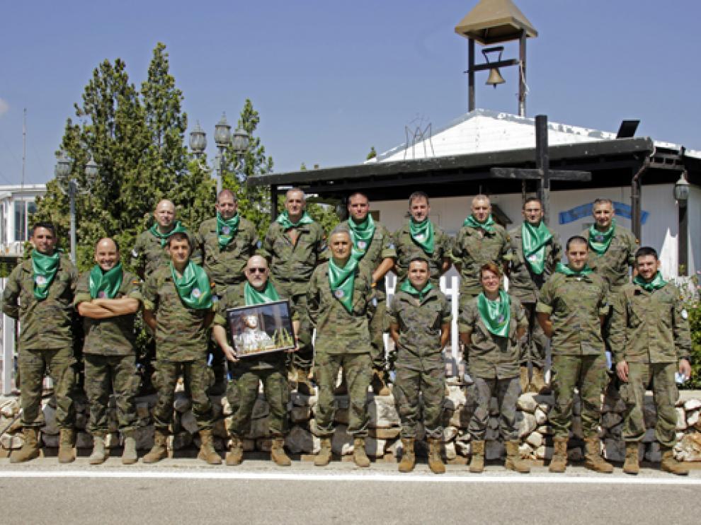 Miembros de la Brigada Aragón del Ejército en la Misión Libre Hidalgo en Líbano celebró un almuerzo laurentino