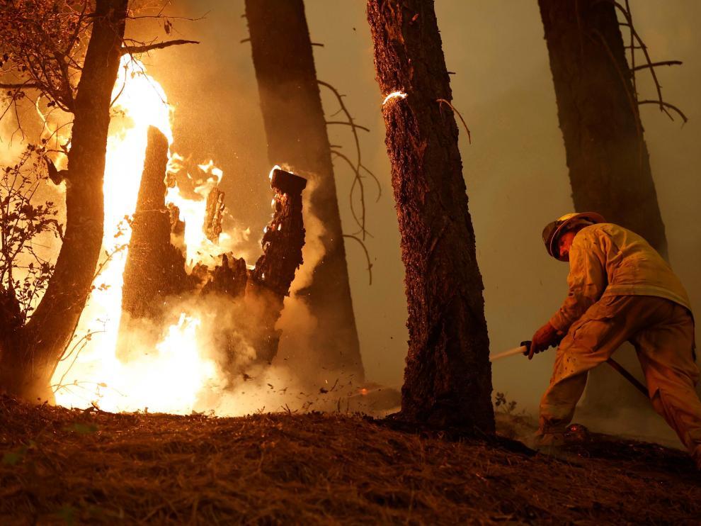 Con el aumento de las temperaturas son muchos los incendios en todo el planeta.