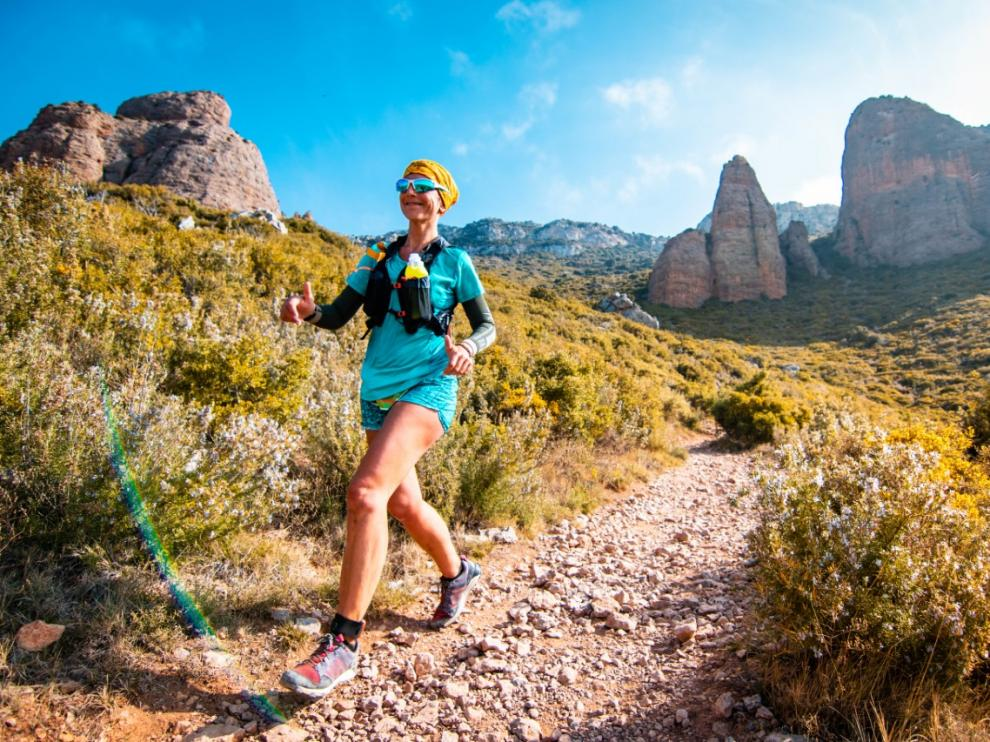 Una corredora en una edición anterior de la Trail Mallos de Riglos.