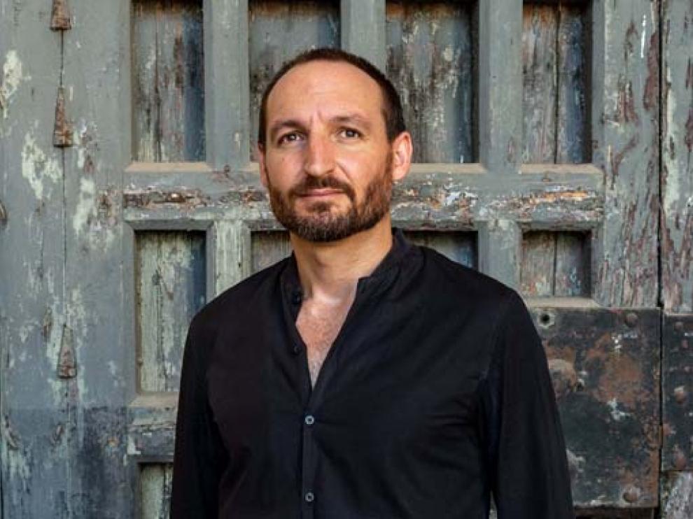 Abraham Martínez.