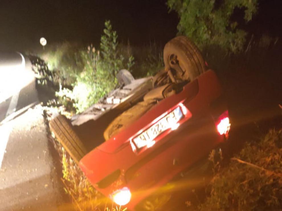 El accidente ha tenido lugar en el punto kilométrico 11,800 de la citada A-1605.