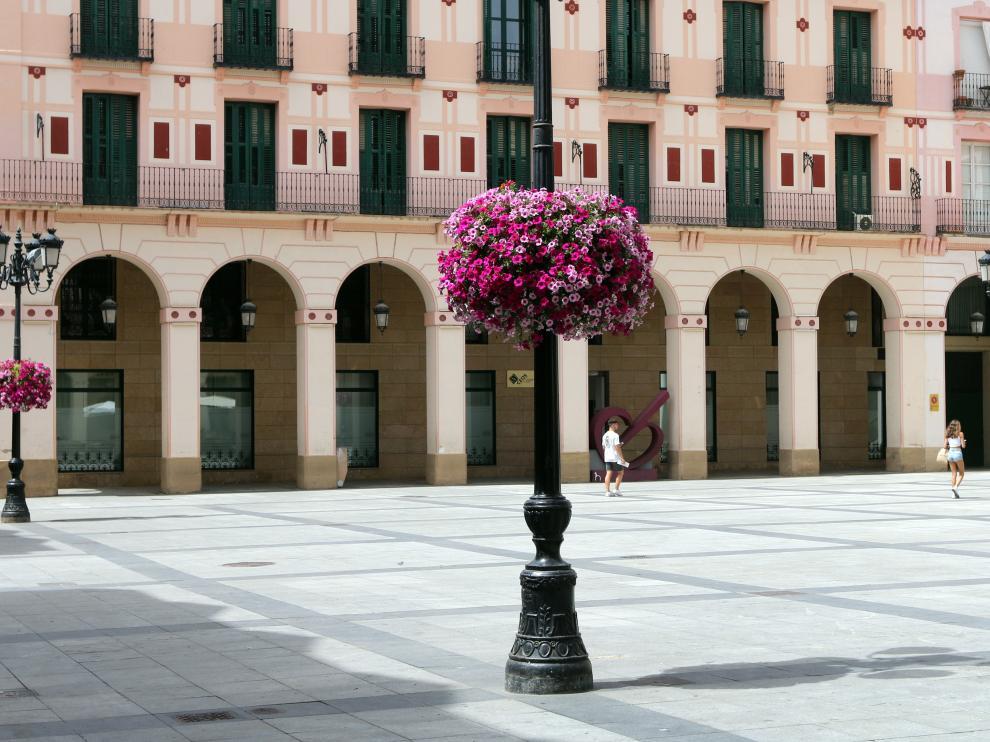 Aspecto de la plaza Luis López Allué durante la mañana de este miércoles.