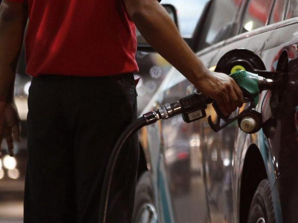 Este incremento en los precios de los carburantes en los últimos meses ha venido de la mano de la recuperación en el precio del petróleo.