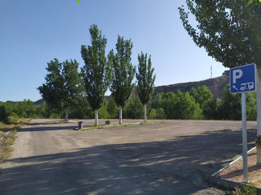 Zona para autocaravanas remodelada para facilitar la pernocta en la capital bajocinqueña.