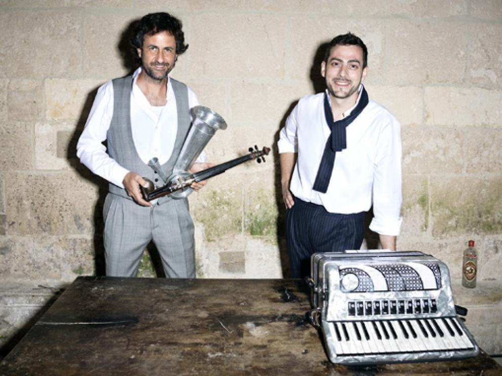 La banda burgalesa Fetén Fetén está compuesta por Diego Galaz y Jorge Arribas.