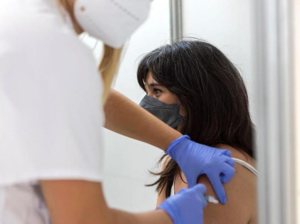 Los epidemiólogos están en contra de la vacunación obligatoria de los sanitarios