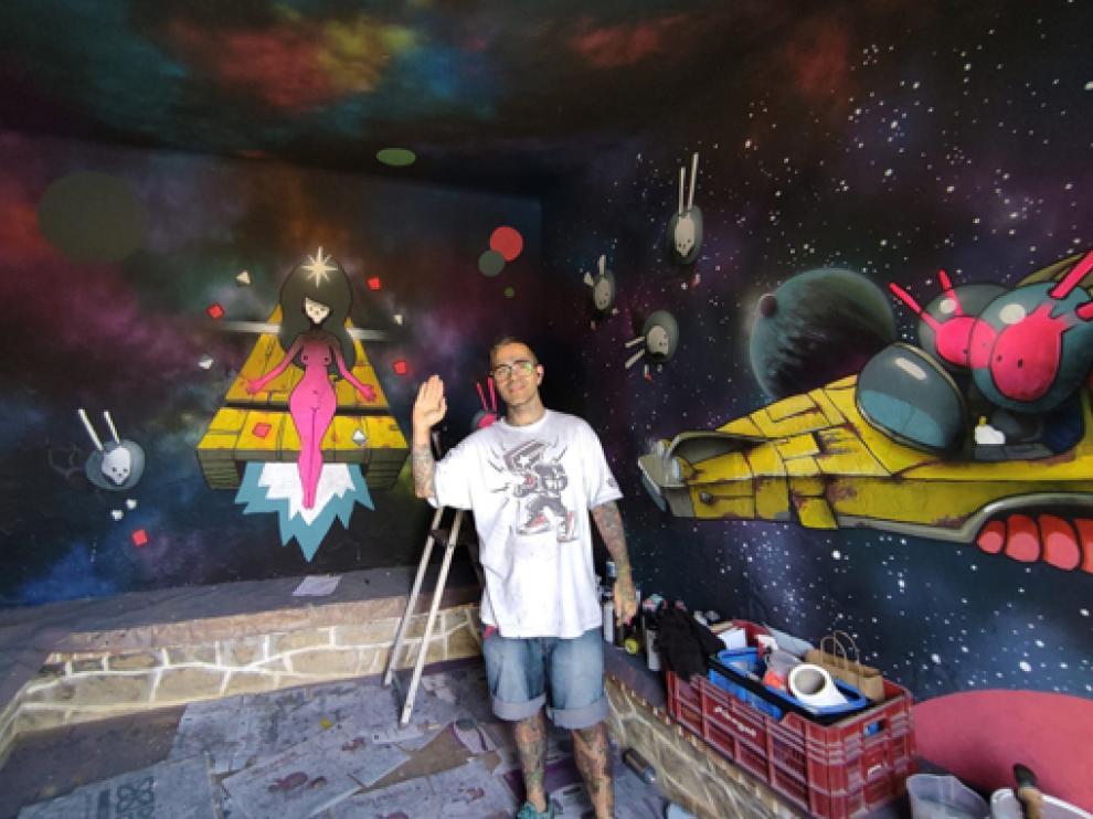 Danjer pintó un mural en Murillo de Gállego.