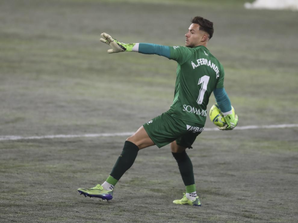 Álvaro se marcha cedido esta temporada al fútbol inglés.