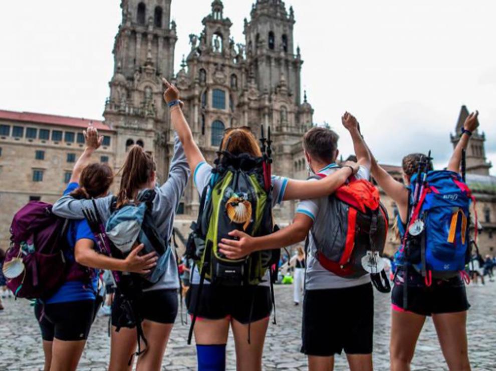 """Aunque ha habido contagios a lo largo de la ruta Xacobea, la Xunta defiende que son """"casos aislados dada la afluencia"""" y que """"hacer el Camino es seguro"""""""