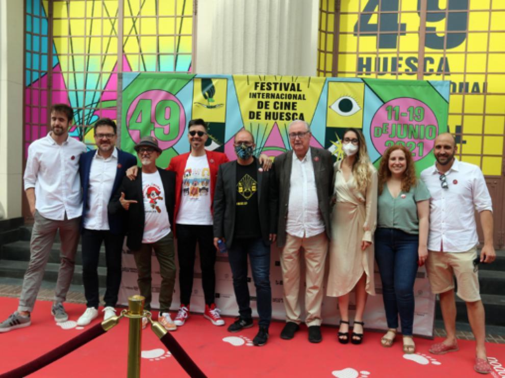 El equipo de la película con Toni García, Rubén Moreno y Claudio Biern en el centro, en el Olimpia