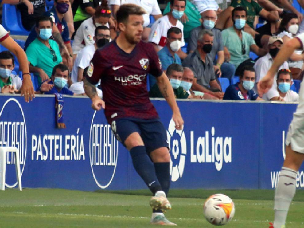 Julio Buffarini se convirtió en el décimo futbolista argentino en vestir la camiseta del Huesca en los últimos quince años.