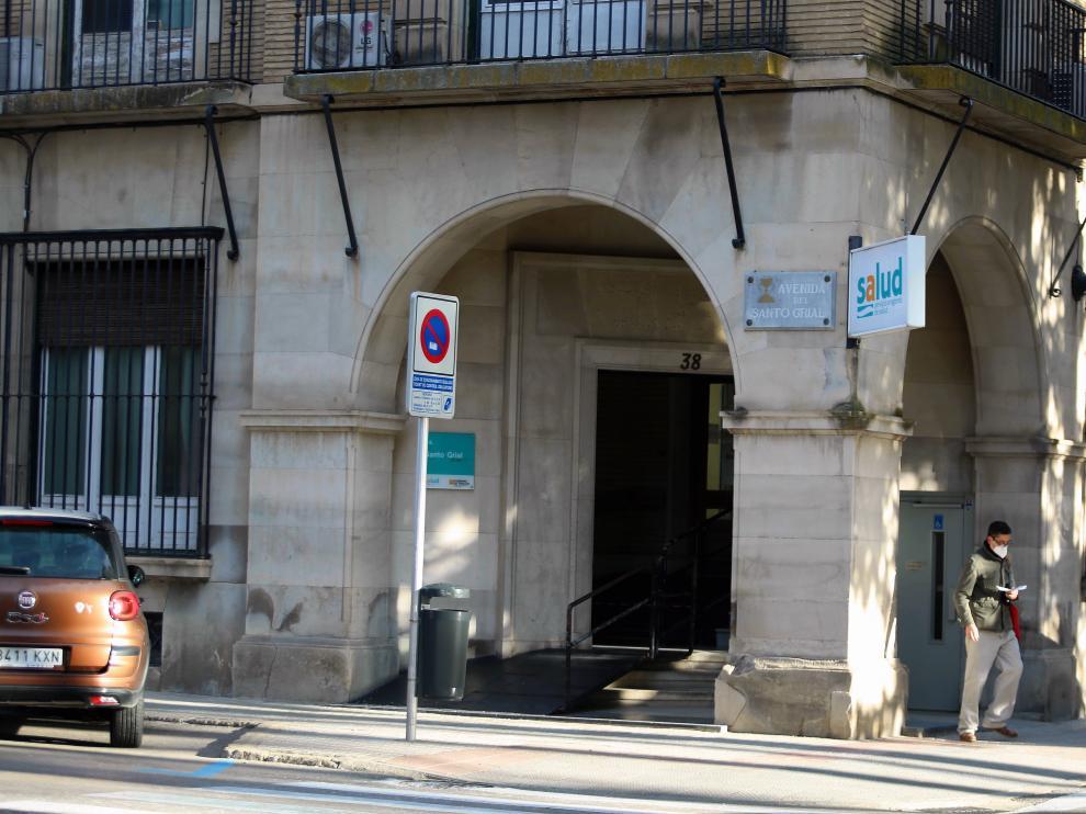 El centro de salud Santo Grial suma 9 casos, 11 el de perpetuo Socorro y 6 el de Pirineos.