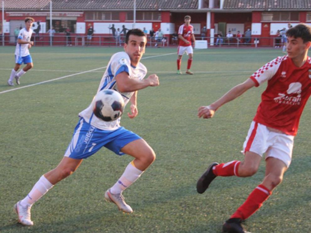 El C.D. Sariñena ganó ayer al C.F. Hernán Cortés (0-4) en su segundo amistoso de pretemporada.