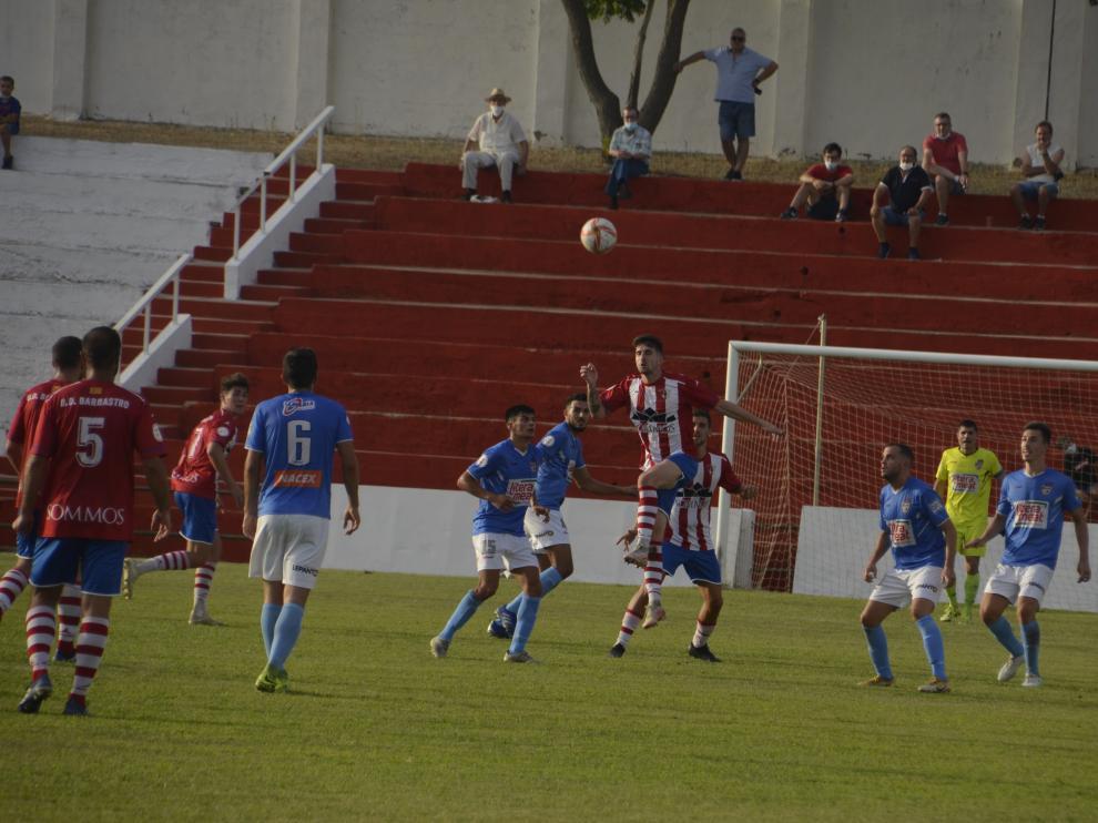 Barbastro y Binéfar cierran hoy la primera fase de la Copa RFEF.
