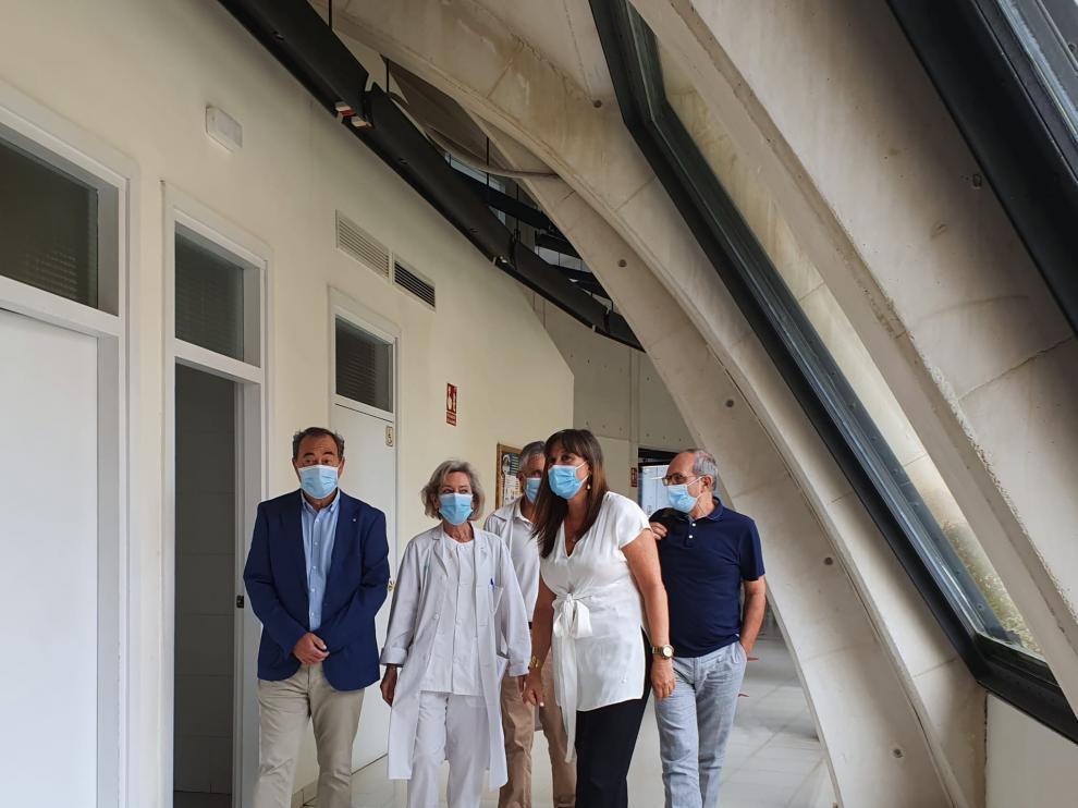 La consejera Sira Repollés en su visita este miércoles a un centro de salud.