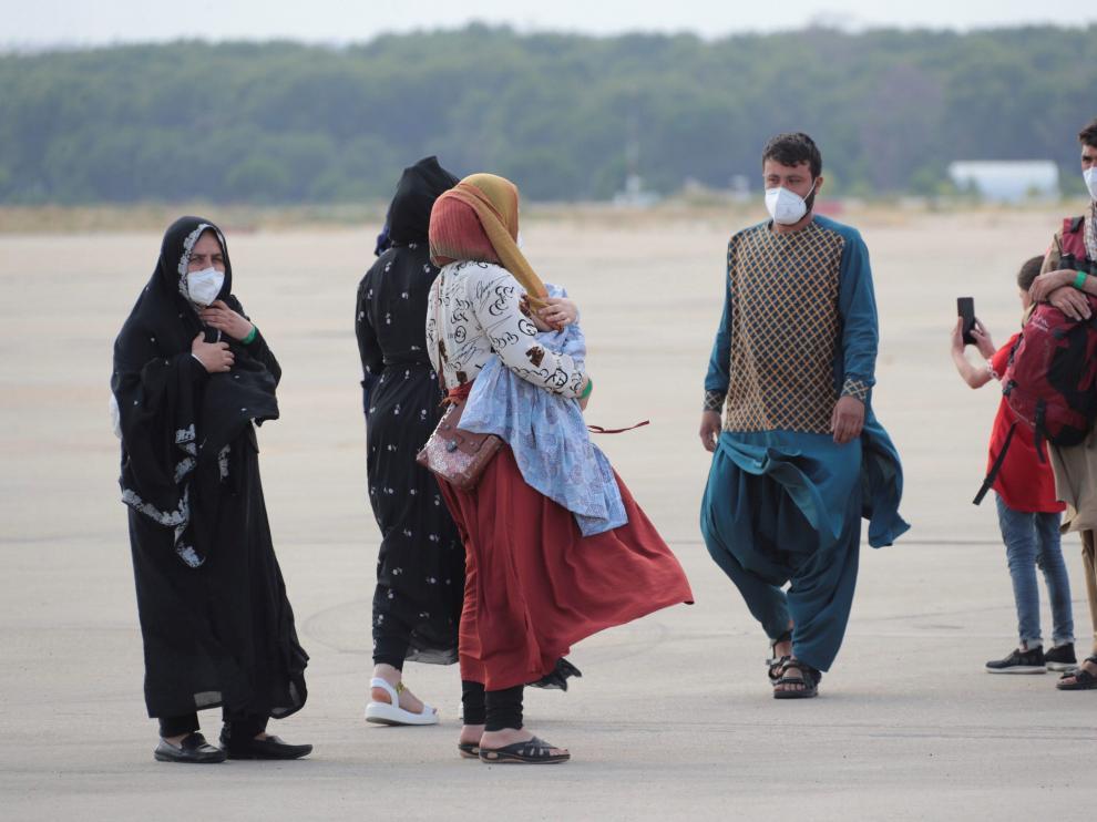 Evacuados afganos a su llegada a Torrejón este miércoles