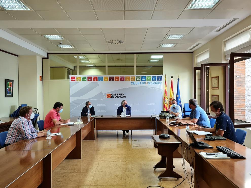 Olona se reunió con los representantes de la Plataforma de Defensa de la Ganadería Extensiva este miércoles