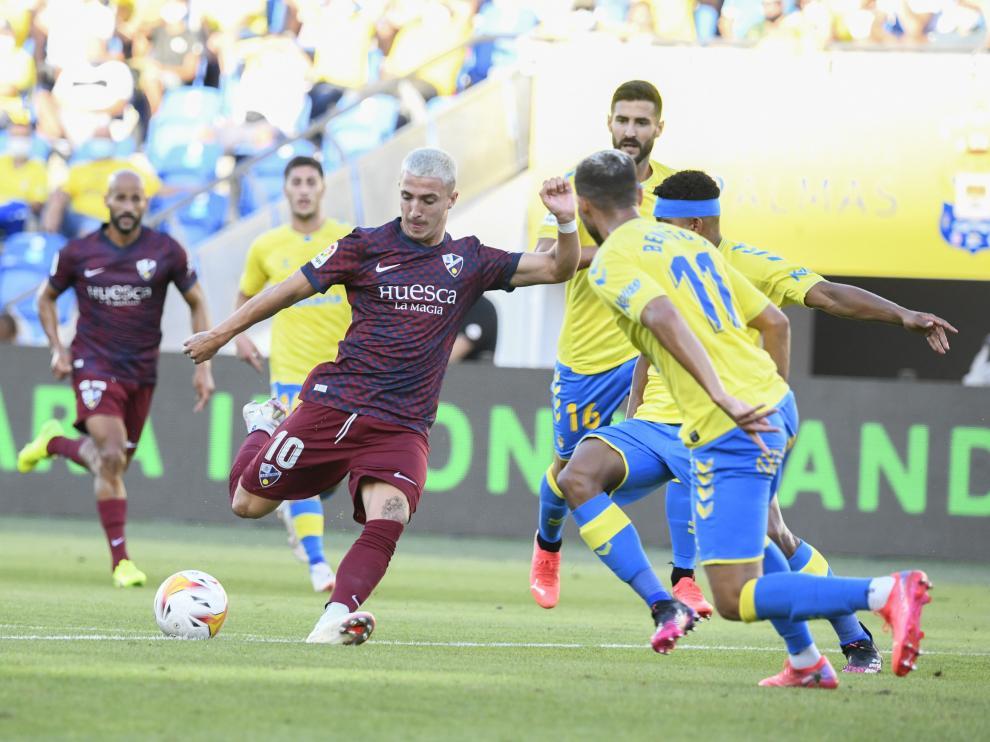 Escriche es uno de los cinco jugadores del Huesca con pleno de minutos.