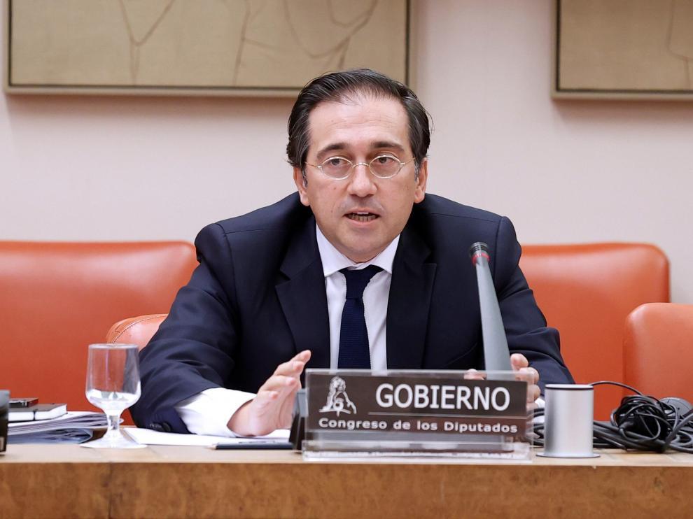 El ministro de Asuntos Exteriores José Manuel Albares comparece ante la Comisión del Congreso
