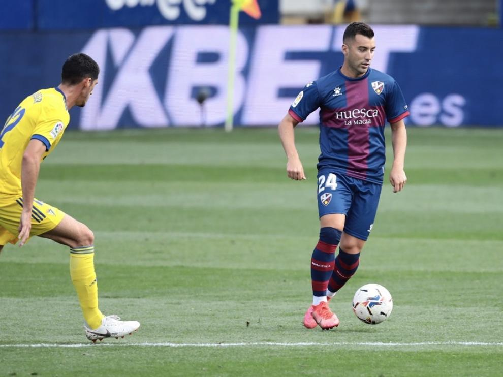 Borja García deja de ser futbolista del Huesca.