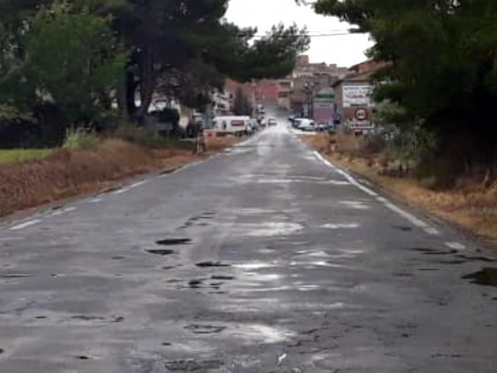 Carretera que parte de Binaced en dirección Valcarca