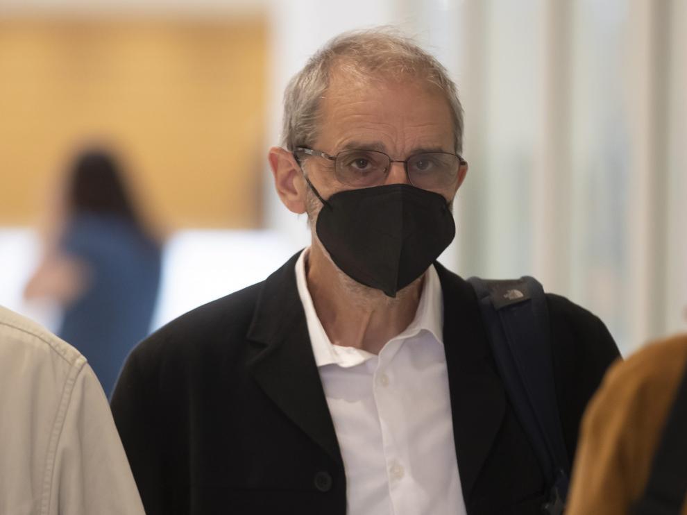 Josu Ternara a la llegada al juzgado de París para conocer el veredicto.