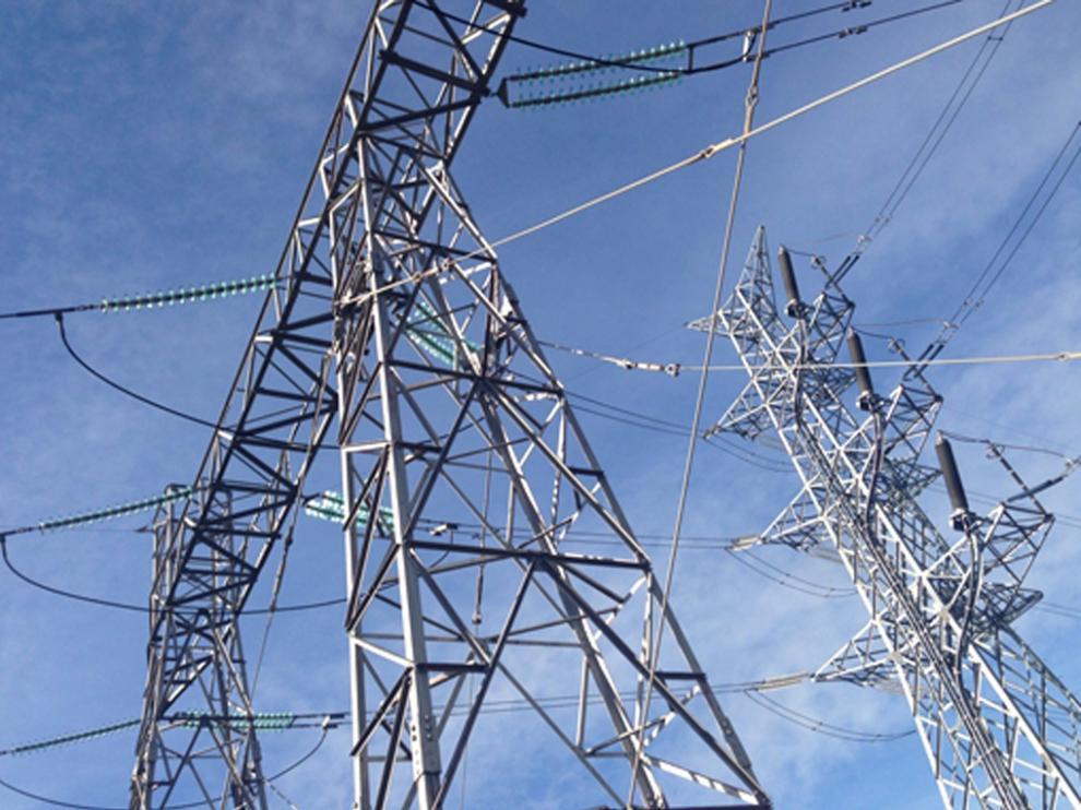 La línea eléctrica de muy alta tensión (MAT) entre Aragón y Cataluña está en fase de información pública
