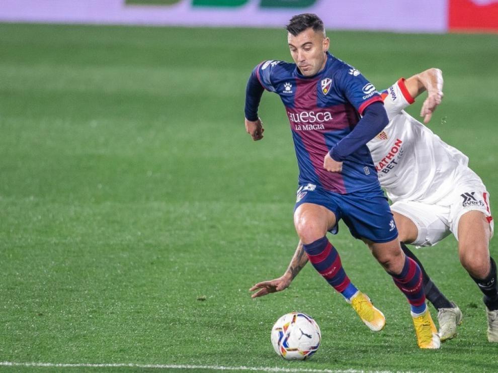 Borja García regresa al Girona tras un gris paso por el Huesca.