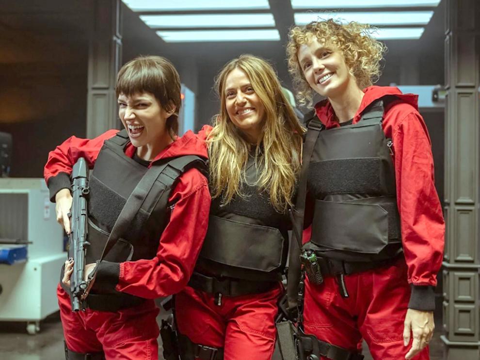 Úrsula Corberó, Itziar Ituño y Esther Acebo son tres de las protagonistas de la serie