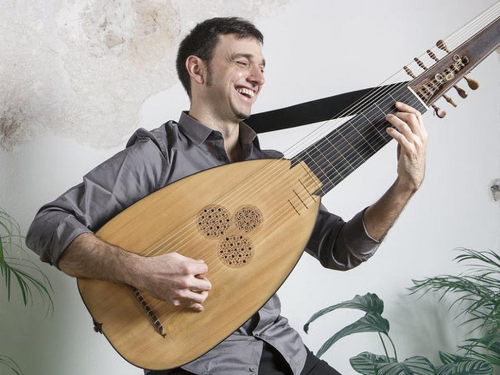 Ferran Pisà confronta la obra de tres autores en su concierto.