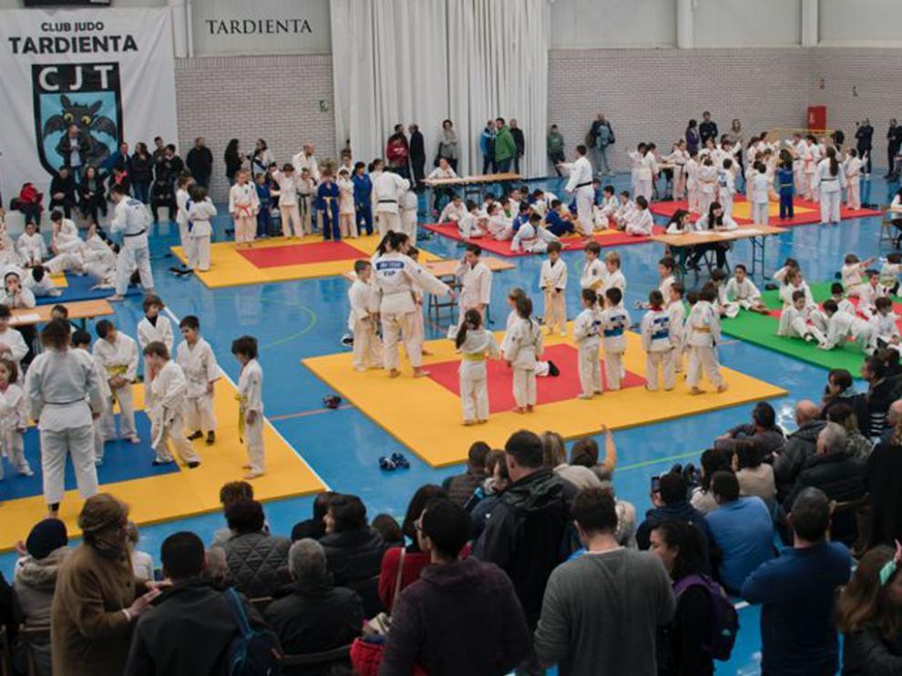 Imagen de una demostración de este deporte con el Club Judo Huesca.