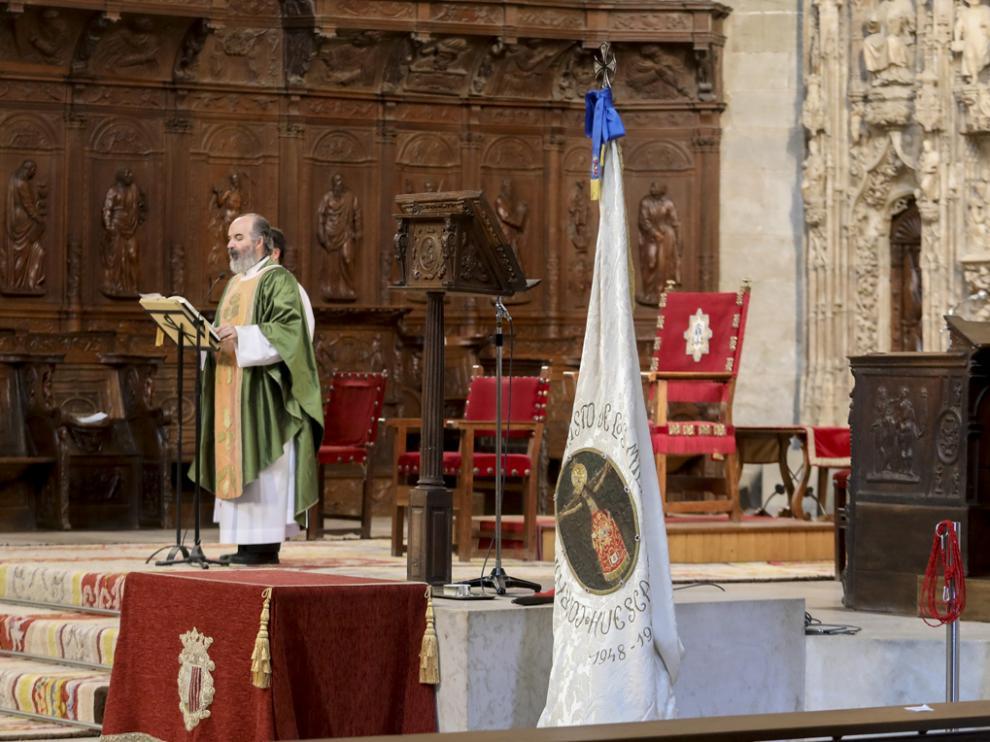 Misa dentro de los actos por la novena al Santo Cristo de los Milagros.