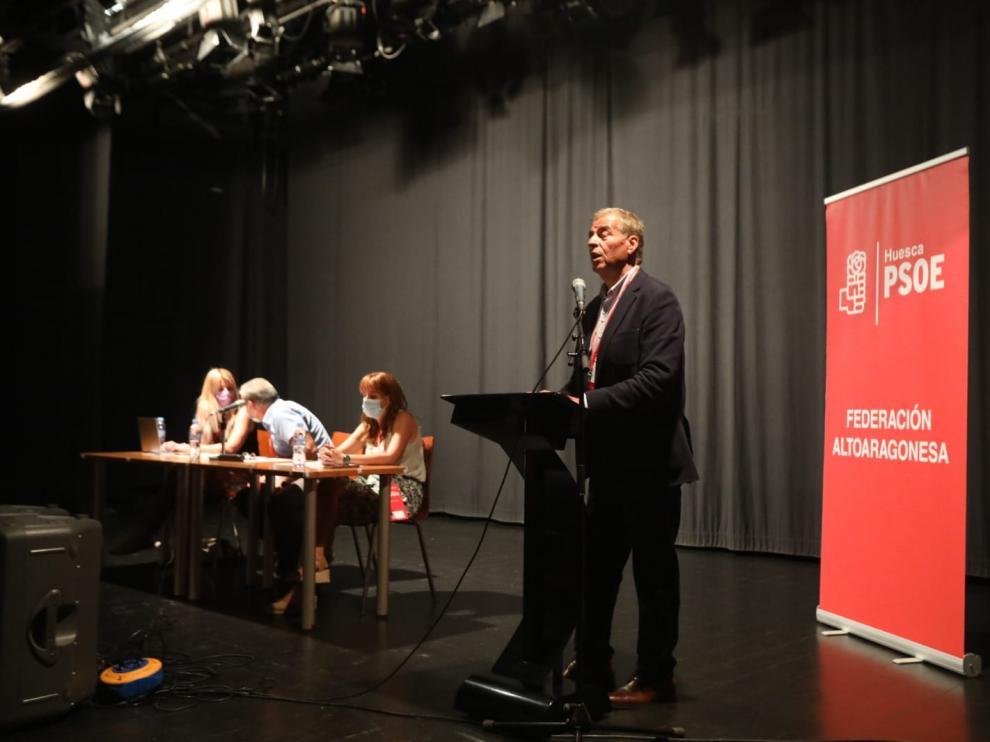Antonio Cosculluela durante su intervención en el Comité Provincial.