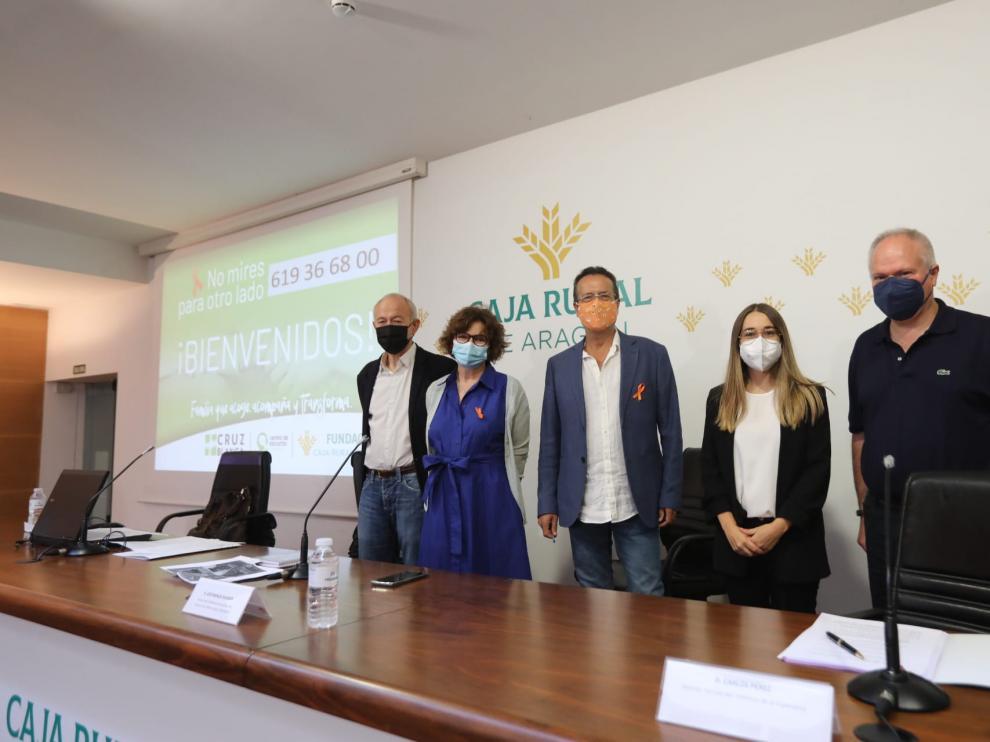 Carmelo Pelegrín, María Ángeles Molina, José Manuel Dolader, la moderadora y Carlos Pérez.