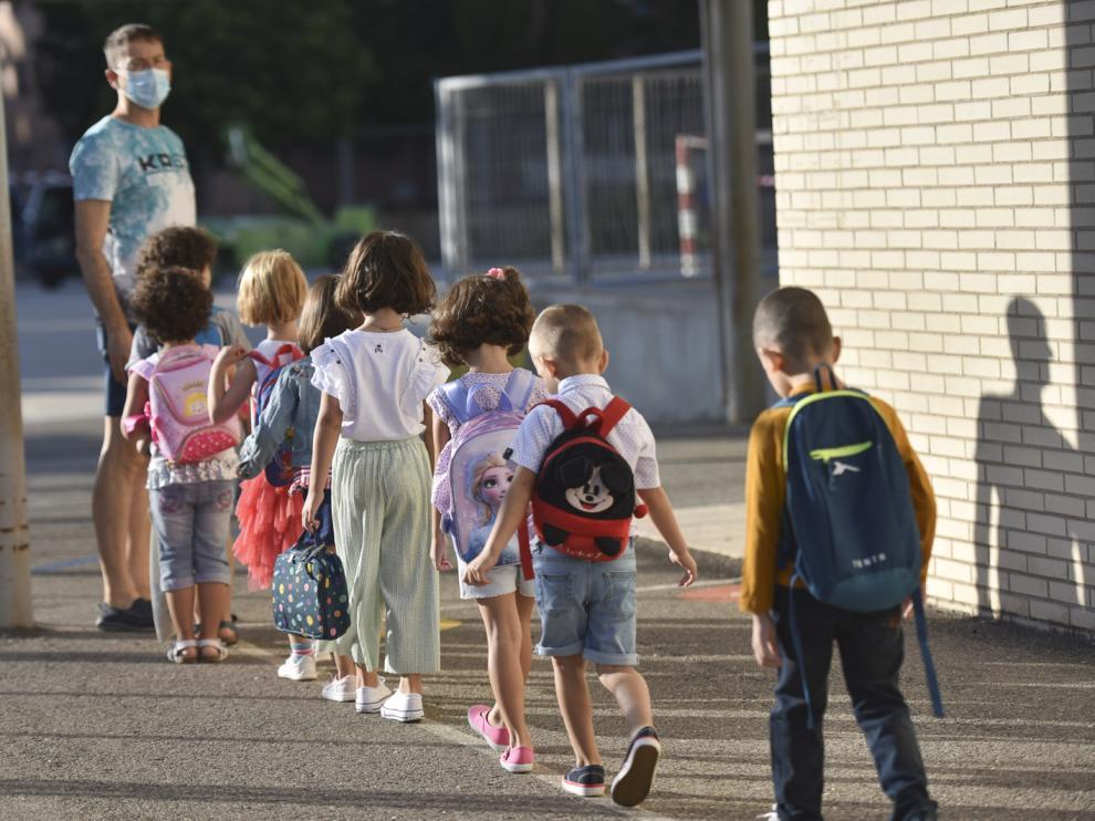 Primer día de clase en el colegio Pirineos-Pyrenées de Huesca